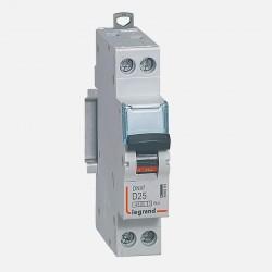 Disjoncteur courbe D 25A ph + neutre à vis Legrand 406804