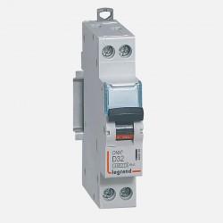 Disjoncteur courbe D 32A ph + neutre à vis Legrand 406805